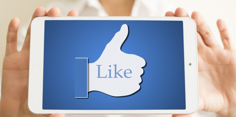 Content-News-Facebook-Likes